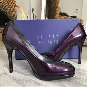 Stuart Weitzman Logoswoon Patent Leather Pump